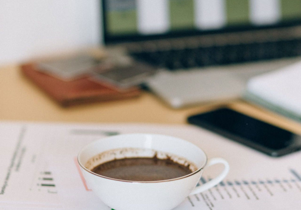 coffee-cup-on-desk-1